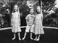 ave-bonar-photography-triplets-portrait
